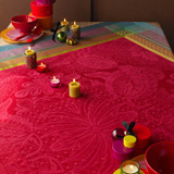 Isaphire Rubis Tablecloth Square 69 in | Gracious Style