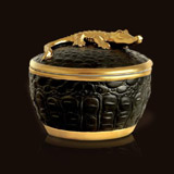 L'Objet Luminescence Crocodile Candle | Gracious Style