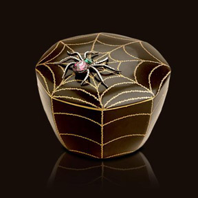 L'Objet Luminescence Medium Spider Black Limoges Porcelain Candle | Gracious Style