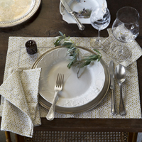 Sferra Filigree Linen Napkins and Placemats | Gracious Style