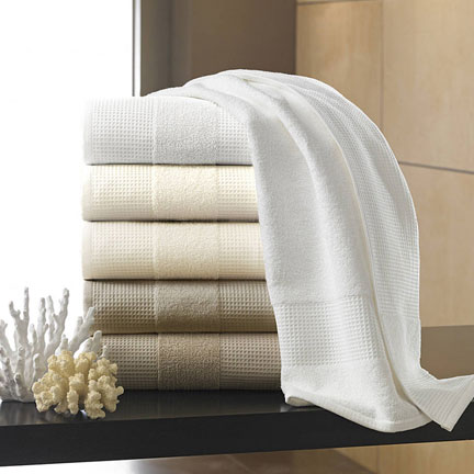 Hotel Bath Towels by Kassatex &#124; Gracious Style