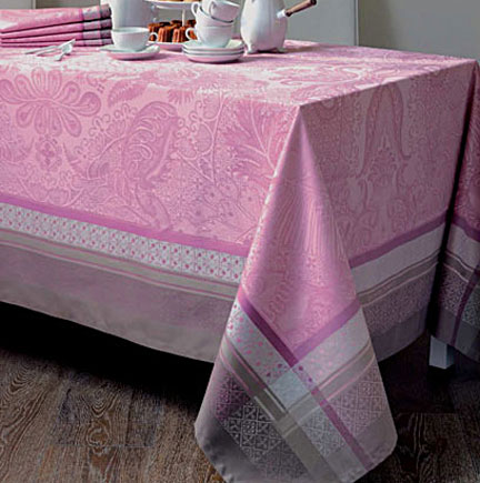 Isaphire Quartz Rose Table Linens | Gracious Style
