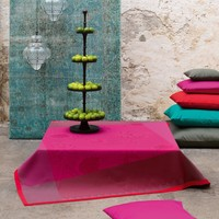 Palais Persan Fuchsia Table Linens