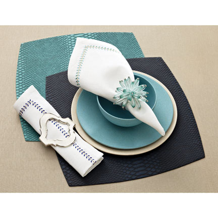 Kim Seybert Aqua Anaconda Table Setting &#124; Gracious Style
