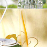 Polylin Easy Care Tablecloths and Napkins &#124; Gracious Style