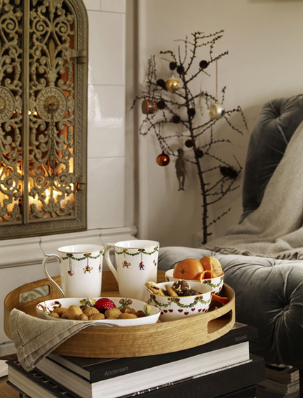 Royal Copenhagen Star Fluted Christmas Dinnerware | Gracious Style