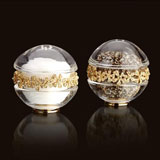 L'Objet Garland Gold Salt & Pepper Shakers | Gracious Style