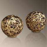 Acanthus Salt & Pepper Shakers in Gold and Platinum | Gracious Style