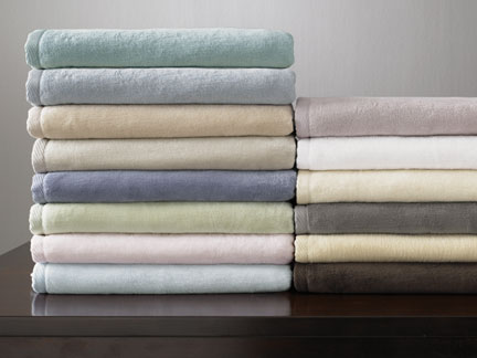 St Moritz Cotton Blankets by Sferra | Gracious Style