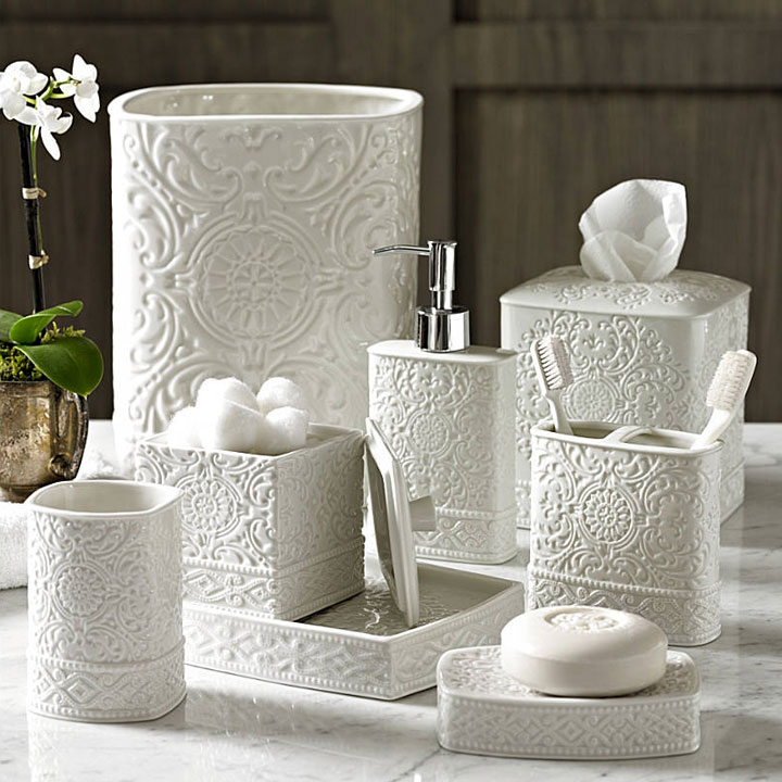 Damask porcelain bath accessories gracious style for Where to find bathroom accessories