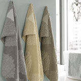 Bedminster Medallion Towels by Trump for Kassatex | Gracious Style