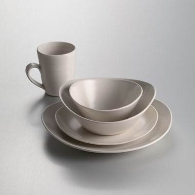Barre Dinnerware in Alabaster