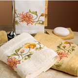 Chrysanthemum Bath Towels Embroidered| Gracious Style