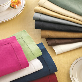 Solid and Striped Tablecloths | Gracious Style