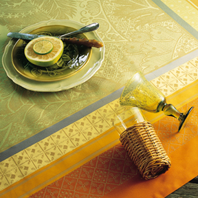 Isaphire Cuivre Table Linens &#124; Gracious Style