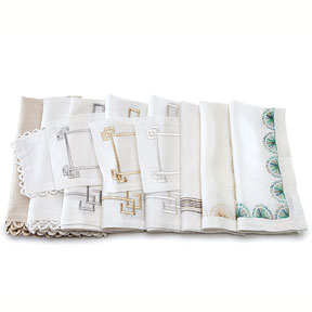 Kim Seybert Loop Greek Crescent Linen Napkins | Gracious Style
