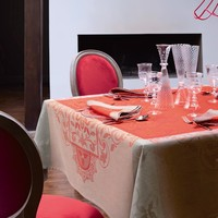Venezia Cornelian Table Linens