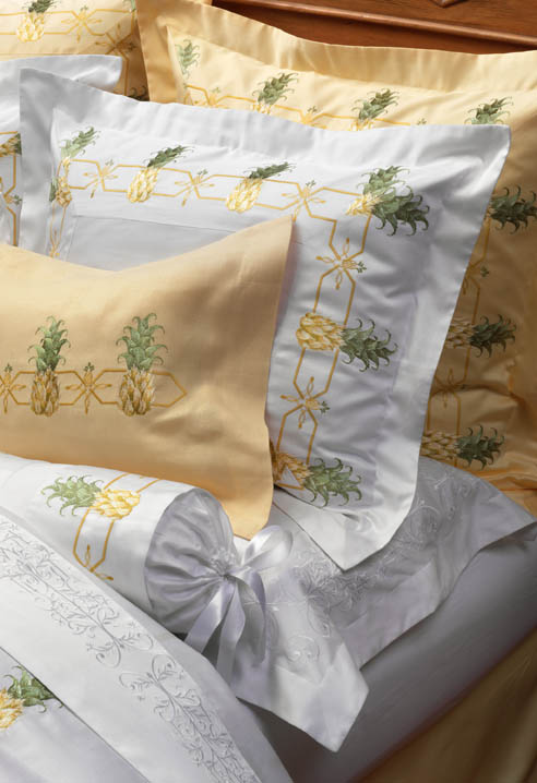 Pineapple Tropical Bedding Gracious Style