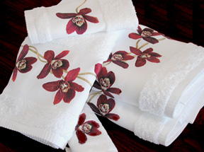 Red Orchid Bath Towels Embroidered Cotton | Gracious Style