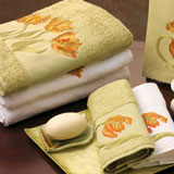 Tulip Embroidered Bath Towels | Gracious Style