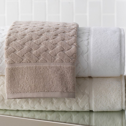 Uptown Bath Towels by Peacock Alley &#124; Gracious Style